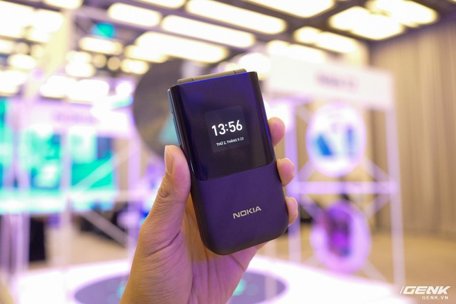 Cận cảnh Nokia 7.2 vừa ra mắt: Cụm camera trước & sau được Zeiss phát triển, mặt lưng màu xanh giống iPhone mới, giá gần 6,2 triệu đồng - Ảnh 19.