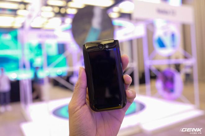 Cận cảnh Nokia 7.2 vừa ra mắt: Cụm camera trước & sau được Zeiss phát triển, mặt lưng màu xanh giống iPhone mới, giá gần 6,2 triệu đồng - Ảnh 20.