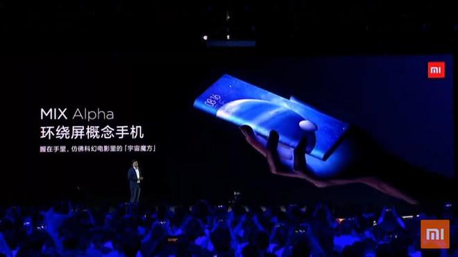 Xiaomi Mi MIX Alpha ra mắt với thiết kế không tưởng: Màn hình bao xung quanh thân máy, chiếm tỷ lệ 180%, camera 108MP, giá 2.800 USD - Ảnh 2.