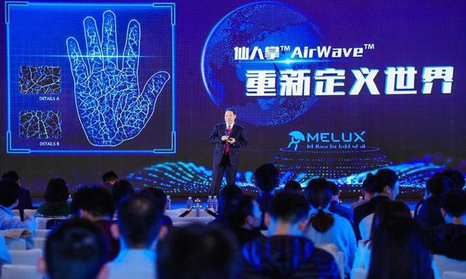 Trung Quốc phát triển hệ thống nhận dạng tĩnh mạch bàn tay con người, chính xác hơn cả Face ID - Ảnh 2.