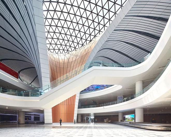 Bắc Kinh vừa khánh thành sân bay mới với ga chờ lớn nhất thế giới - Ảnh 10.