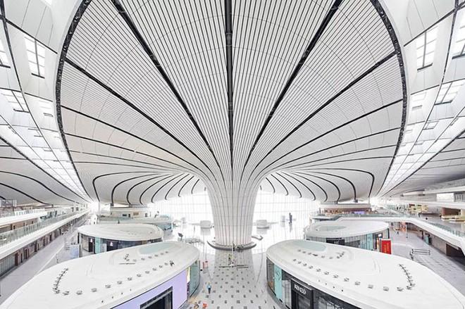 Bắc Kinh vừa khánh thành sân bay mới với ga chờ lớn nhất thế giới - Ảnh 13.