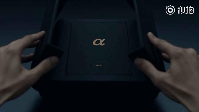 [Video] Mở hộp Xiaomi Mi Mix Alpha: Chất từ máy cho đến cách đóng hộp! - Ảnh 3.