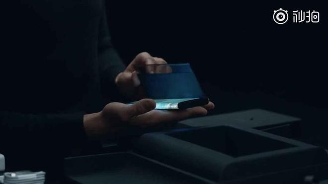 [Video] Mở hộp Xiaomi Mi Mix Alpha: Chất từ máy cho đến cách đóng hộp! - Ảnh 4.