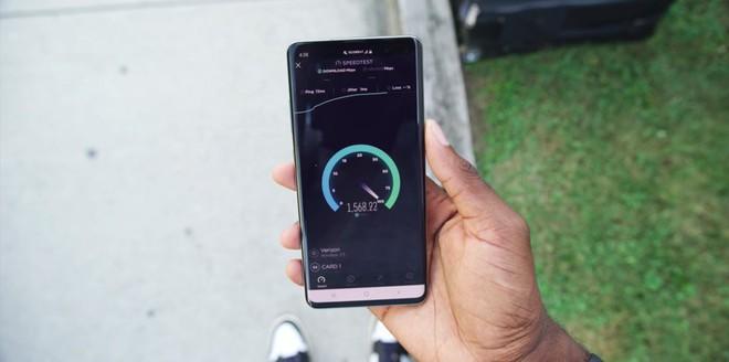 Blogger công nghệ số 1 thế giới vùi dập công nghệ 5G, cho rằng nó không hề đáng tiền chút nào cả - Ảnh 7.