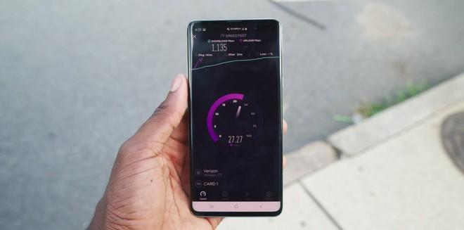 Blogger công nghệ số 1 thế giới vùi dập công nghệ 5G, cho rằng nó không hề đáng tiền chút nào cả - Ảnh 17.