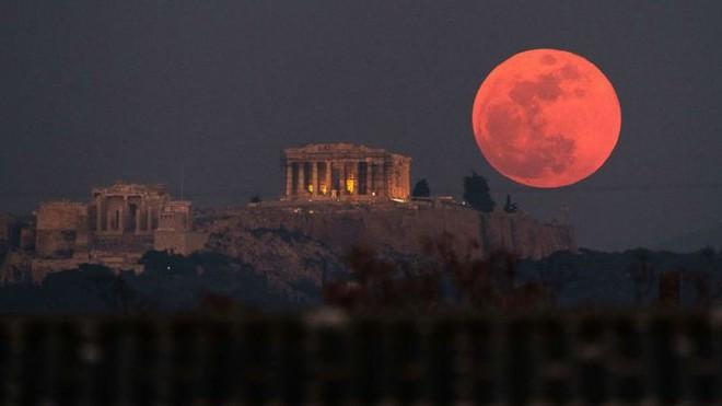 Hiện tượng siêu trăng máu đã khiến hàng nghìn binh sĩ Hy Lạp cổ tử trận như thế nào? - Ảnh 3.