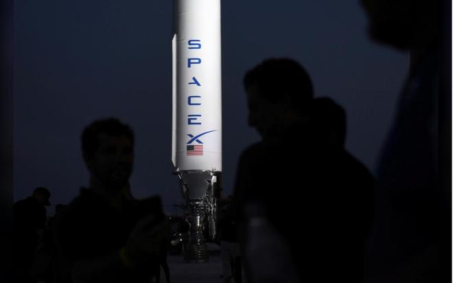Elon Musk ra mắt hệ thống tên lửa Starship mới: mạnh gấp đôi hệ thống phóng Saturn 5 huyền thoại, khoang chứa được 100 người, có thể tự động đáp đất - Ảnh 3.