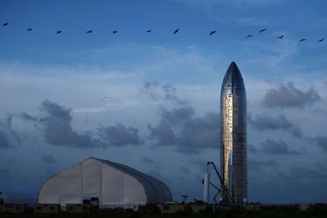 NASA không vừa lòng với màn ra mắt tên lửa mới của SpaceX, cho rằng Elon Musk chưa đỗ ông nghè đã đe hàng tổng - Ảnh 2.
