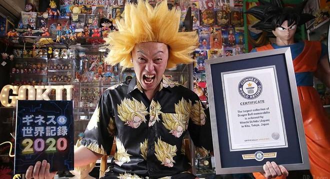 Fan ruột của bộ truyện tranh Dragon Ball phá kỷ lục thế với bộ sưu tập hơn 10 ngàn vật phẩm, chủ yếu là nhân vật Goku - Ảnh 1.