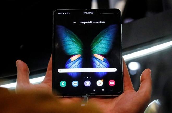 Galaxy Fold còn có ý nghĩa hơn cả một chiếc điện thoại màn hình gập thông thường - Ảnh 3.