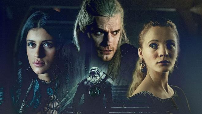 7 bí mật của witcher Henry Cavill: Mặt dày gọi liên tục cho Netflix để được casting, cứ quay phim xong là vác luôn trang phục Geralt về nhà mặc cho nó ngầu - Ảnh 3.