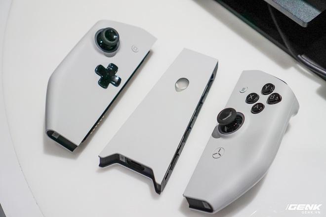 [CES 2020] Trên tay PC gaming nhỏ gọn Alienware Concept UFO: Phiên bản Nintendo Switch phóng to? - Ảnh 2.