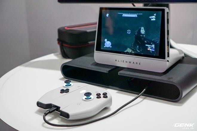 [CES 2020] Trên tay PC gaming nhỏ gọn Alienware Concept UFO: Phiên bản Nintendo Switch phóng to? - Ảnh 8.