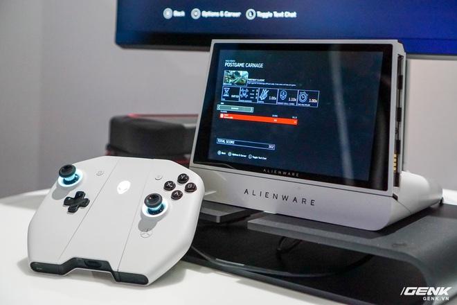 [CES 2020] Trên tay PC gaming nhỏ gọn Alienware Concept UFO: Phiên bản Nintendo Switch phóng to? - Ảnh 1.