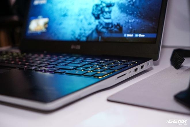 [CES 2020] Trên tay laptop gaming Dell G5 SE: Thiết kế hầm hố, linh kiện AMD lên ngôi - Ảnh 3.
