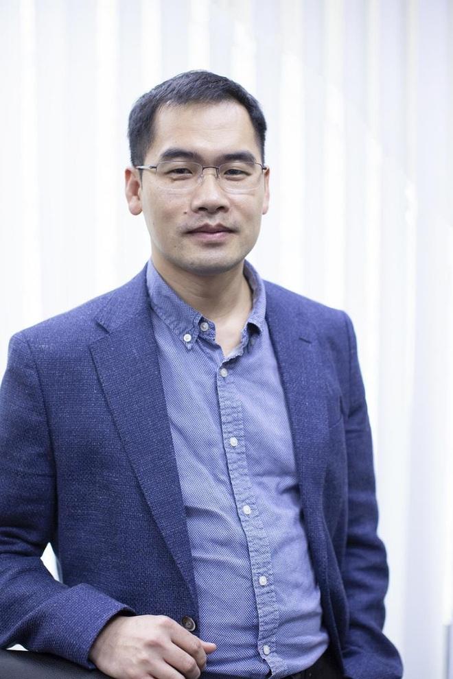 Phó TGĐ VinSmart: 'Cuối 2020, mẫu điện thoại cao cấp của Vsmart sẽ ra mắt thị trường' - Ảnh 1.