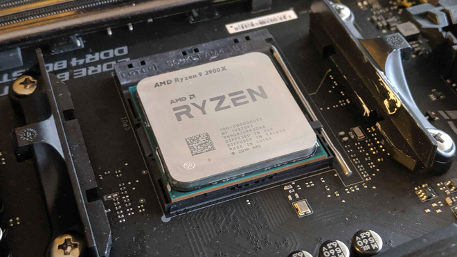 Lần đầu tiên sau 14 năm, AMD giành tới 40% thị trường CPU khỏi tay Intel - Ảnh 1.