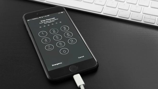 FBI có thể tự mình bẻ khóa iPhone 11, nhưng tại sao họ vẫn yêu cầu Apple cài đặt backdoor vào iPhone? - Ảnh 3.
