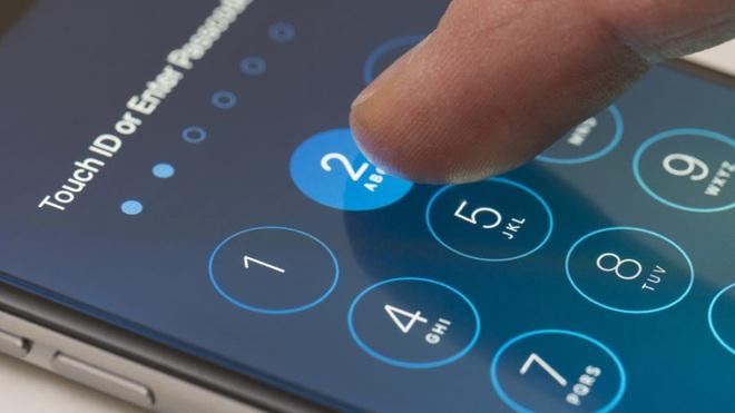 FBI có thể tự mình bẻ khóa iPhone 11, nhưng tại sao họ vẫn yêu cầu Apple cài đặt backdoor vào iPhone? - Ảnh 2.