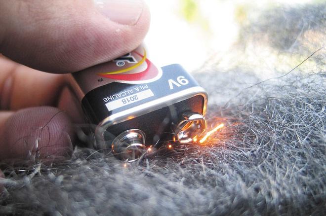 Sự thật về video sóng iPhone đốt cháy bùi nhùi thép - Ảnh 4.