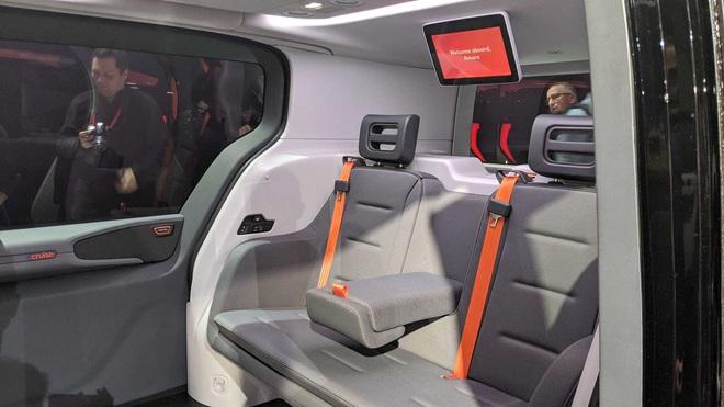 Hãng ô tô GM tiết lộ chiếc xe tự lái hoàn toàn, không có cả bánh lái và chân ga - Ảnh 3.
