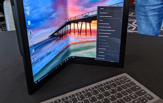 Số phận của smartphone hay laptop màn hình gập sẽ không thuộc về các nhà sản xuất phần cứng - Ảnh 2.