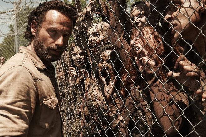 """Đang bị gán mác """"dead phim"""", nhờ đâu mà mùa mới The Walking Dead lại được chấm điểm cao nhất trong lịch sử của cả series? - Ảnh 4."""