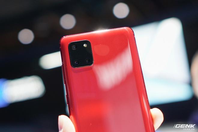 [CES 2020] Trên tay Galaxy S10 Lite và Galaxy Note 10 Lite: Hai thiết bị vô cùng kỳ quặc từ Samsung - Ảnh 4.