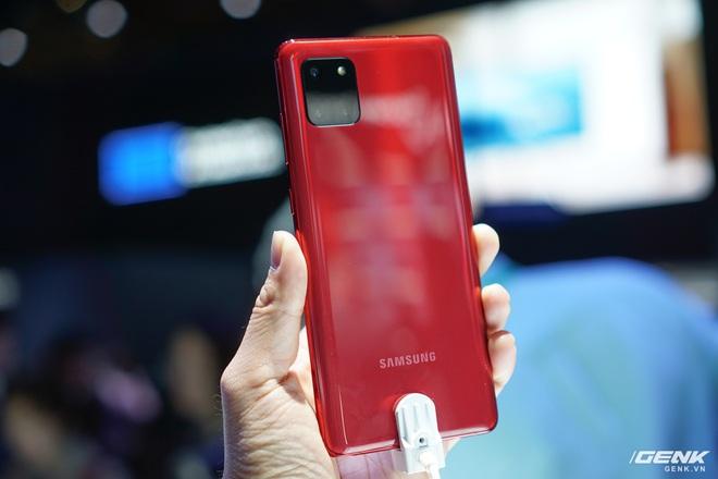 [CES 2020] Trên tay Galaxy S10 Lite và Galaxy Note 10 Lite: Hai thiết bị vô cùng kỳ quặc từ Samsung - Ảnh 6.