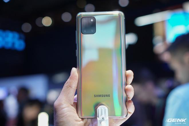 [CES 2020] Trên tay Galaxy S10 Lite và Galaxy Note 10 Lite: Hai thiết bị vô cùng kỳ quặc từ Samsung - Ảnh 5.