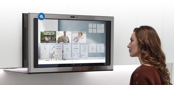 [CES 2020] Đây là lò vi sóng dành cho dân nghiện phim: có màn hình cảm ứng 27-inch để xem Netflix - Ảnh 2.