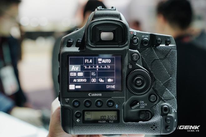 [CES 2020] Cận cảnh bộ đôi quái vật Canon EOS 1DX Mark III và EOS Ra - Ảnh 3.