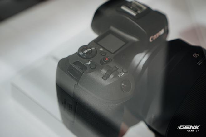 [CES 2020] Cận cảnh bộ đôi quái vật Canon EOS 1DX Mark III và EOS Ra - Ảnh 16.