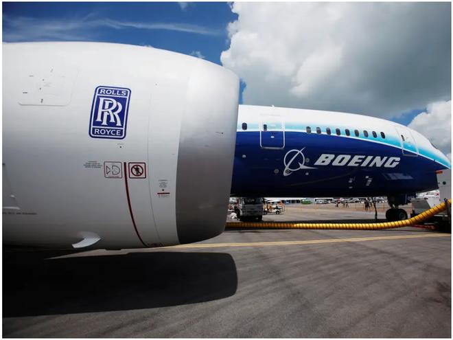 777X: flagship khổng lồ mới của Boeing vừa thực hiện thành công chuyến bay đầu tiên - Ảnh 2.