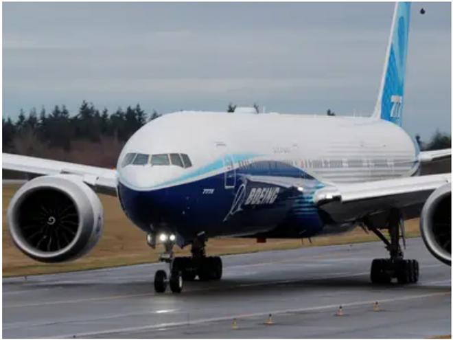 777X: flagship khổng lồ mới của Boeing vừa thực hiện thành công chuyến bay đầu tiên - Ảnh 15.