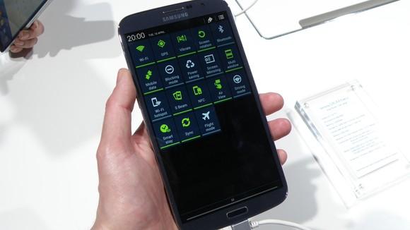 Samsung Galaxy Mega 6.3: To lớn nhưng không khác biệt 11