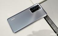 """""""Mổ bụng"""" Huawei P40 phát hiện thấy linh kiện của Mỹ"""