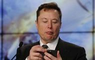 Sợ Elon Musk sa đà vào cãi nhau trên mạng, Tesla tuyển cả chuyên viên bảo vệ ông trên Twitter