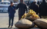 Lạ lùng phương pháp sử dụng đất ẩm để bảo quản nho tươi lâu tới ít nhất 6 tháng của người Afghanistan
