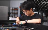 Vlogger Trung Quốc tạo ra bàn sạc tự động lấy cảm hứng từ AirPower của Apple