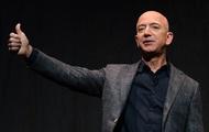 """Ghét nhau """"như chó với mèo"""", nhưng SpaceX của Elon Musk vừa đạt một thành tích làm cả Jeff Bezos cũng phải ngả mũ kính phục"""