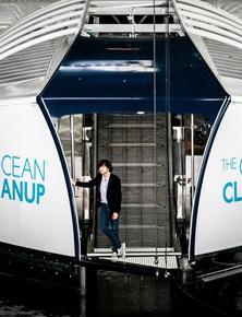 Chàng thanh niên mang hoài bão dọn sạch biển hợp tác cùng Microsoft, chế tạo tàu gom rác tự hành chạy bằng năng lượng Mặt Trời