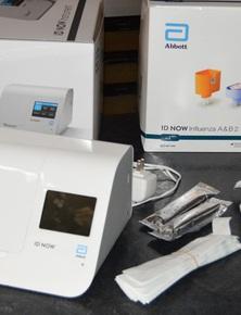 Mỹ: Kit thử Covid-19 của Abbott có thể cho kết quả dương tính chỉ sau 5 phút, tuần sau bắt đầu sản xuất 50.000 kit/ngày