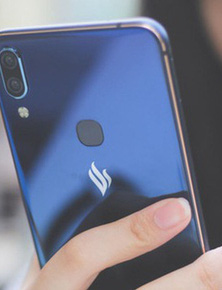 """Phá dớp """"top 3 thị phần 10%"""", nhờ đâu Vsmart trở thành thương hiệu smartphone Việt đầu tiên thành công tại quê nhà?"""