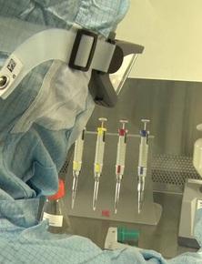 Công nghệ vắc-xin tưởng đã lỗi thời này có thể cứu nhân loại khỏi làn sóng COVID-19 thứ ba, khi virus ngày càng biến thể?