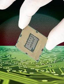 """Công nghệ sản xuất chip ngày càng hiện đại, tại sao thế giới lại bị """"hạn hán"""" chip như hiện nay?"""