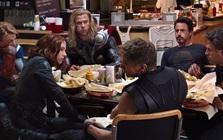 Có thể bạn chưa biết: Đoạn credit của The Avengers được ghi hình chỉ 2 ngày sau buổi lễ ra mắt phim, vài ngày trước khi phát hành toàn cầu