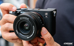 Máy ảnh thay ống kính Full Frame nhỏ nhất của Sony chính thức bán ra tại thị trường Việt Nam, giá 41,99 triệu đồng cho thân máy