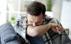 Che miệng bằng khuỷu tay khi ho có hiệu quả không? Nghiên cứu này đã có lời giải đáp